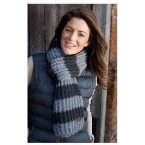Result Winter Essentials Chunky knit stripe scarf